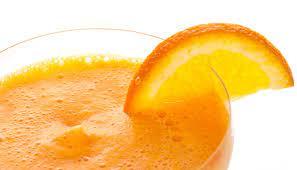 Smoothie kokosowo-pomarańczowe.